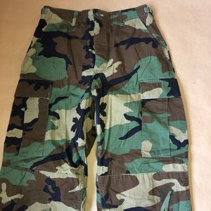 Authentic Camouflage Pants - size Small XLong